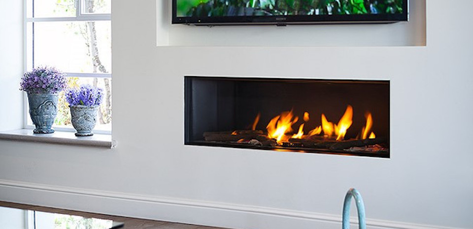 Ortal-gas-fireplace-direct-vent-Clear_130-674x470
